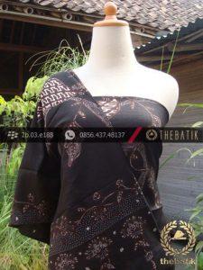 Sarung Selendang Batik Sutera Kontemporer Latar Hitam