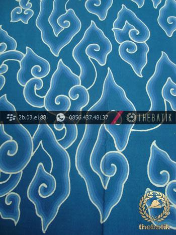 Batik Tulis Cirebon Motif Megamendung Biru Muda