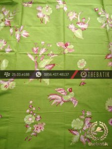 Batik Tulis Cirebon Motif Buketan Burung Latar Hijau