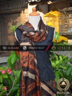Sarung Selendang Batik Sutera Tulis Motif Klasik