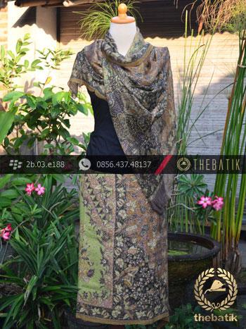 Sarung Selendang Batik Sutera Motif Sekarjagad Hijau