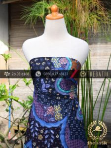 Kain Batik Sutera Motif Kombinasi Biru