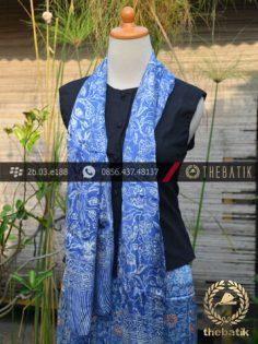 Sarung Selendang Batik Sutera Motif Floral Biru Kontemporer