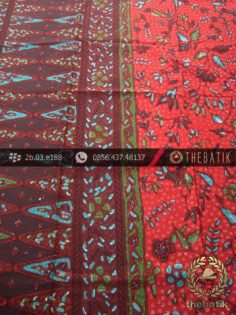 Sarung Batik Tulis Pesisiran Motif Tumpal Merah