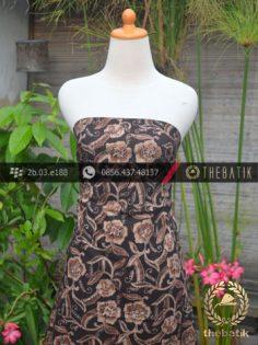 Kain Batik Warna Alam Motif Bunga Kontemporer