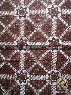 Kain Batik Klasik Jogja Motif Ceplok Kesatriyan