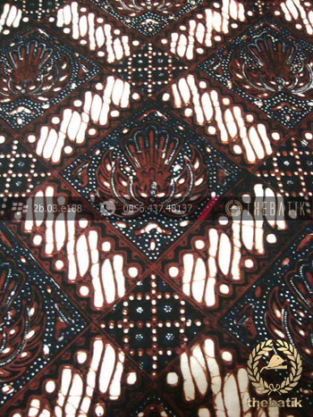 Kain Batik Klasik Jogja Motif Gurdo Sisik Hitam