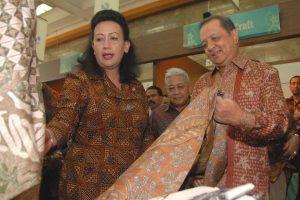 Pameran-Pesona-Kerajinan-dan-Batik-Ekstravaganza-Jogja-2010