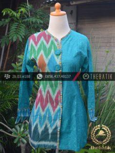 Model Baju Batik Kerja Wanita – Biru Ikat