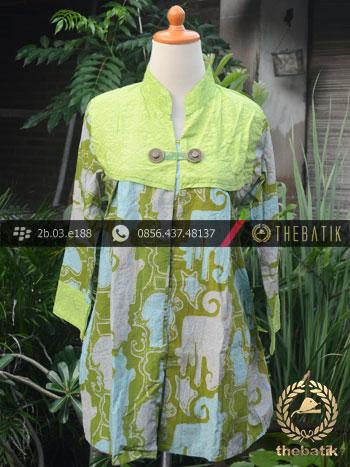Model Baju Batik Kerja Wanita – Hijau Kombinasi