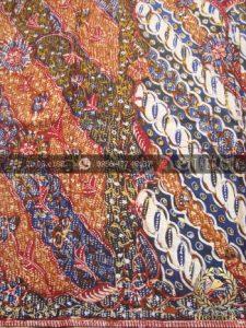 Sarung Batik Tulis Lasem Motif Tiga Negeri Klasik