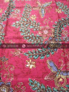 Kain Batik Bahan Baju Motif Floral Remukan Merah