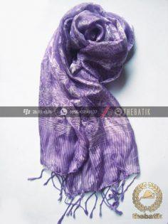 Shawl Corak Batik Sutera Warna Ungu Terong