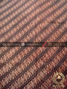 Kain Batik Lawasan Klasik Motif Parang Klithik