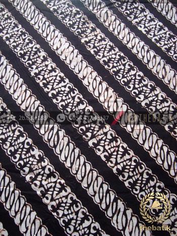 Kain Batik Klasik Jogja Motif Parang Seling Latar Hitam