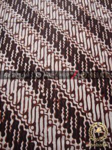 Kain Batik Klasik Jogja Motif Parang Curigo Seling-2
