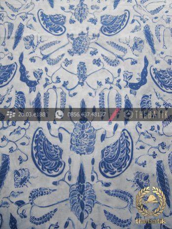 Batik Tulis Pewarna Alami Sri Kuncoro Latar Putih Indigo