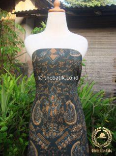 Batik Tulis Pewarna Alami Semen Romo Latar Hitam