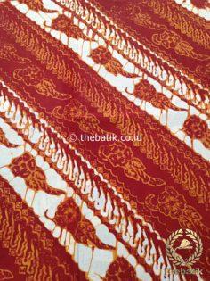Kain Batik Jogja Klasik Kemerahan Motif Parang Seling Kembang