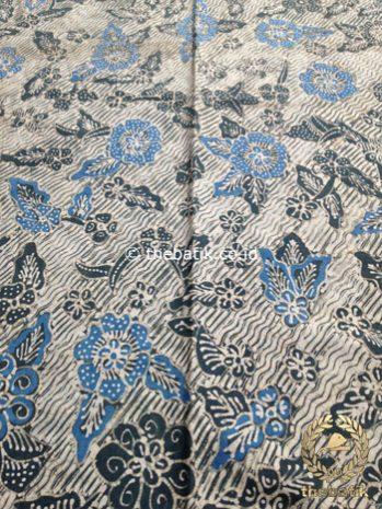 Kain Batik Tulis Warna Alam Kembang Bantulan Indigo