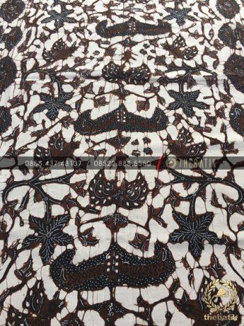 Kain Batik Tulis Jogja Motif Wahyu Tumurun Latar Putih