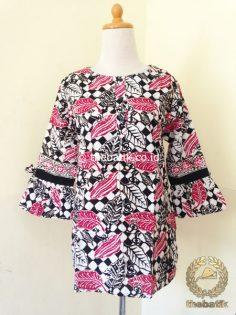 Model Baju Batik Kerja Wanita – Blus Lengan Lonceng Pink