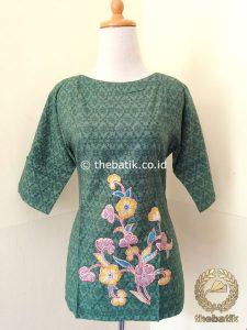 Model Baju Batik Wanita – Blus Modern Hijau Bordir