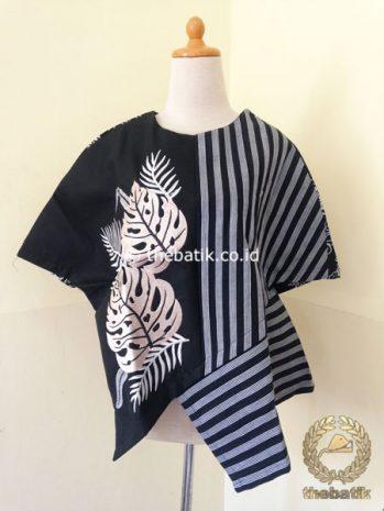 Model Baju Batik Kerja Wanita – Blus Lurik Modern Hitam