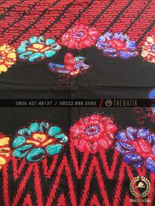 Batik Modern Motif Kombinasi Merah Hitam Kupu