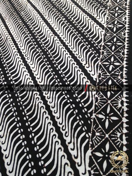 Batik Monokrom Motif Parang Tuding Hitam Putih