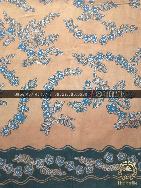 Batik Tulis Warna Alam Motif Kembangan Coklat Biru