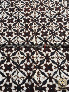 Kain Batik Klasik Jawa Motif Ceplok Sogan