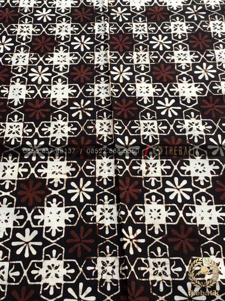 Kain Batik Klasik Jogja Motif Ceplokan Kembang Sogan