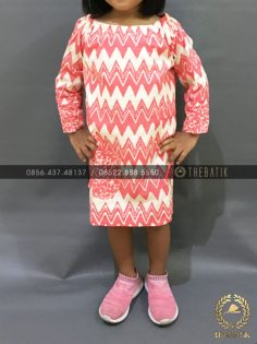 Model Baju Batik Modern Anak Perempuan Zigzag Pink