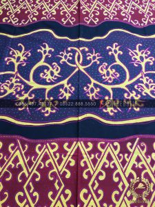 Kain Batik Kontemporer Modern Dayak Borneo Ungu