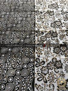 Bahan Kain Baju Batik 2 Motif Parang Floral Hitam Putih