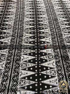 Kain Batik Klasik Lawasan Motif Tumpal