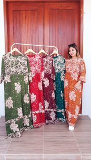 Long Dress Batik Santung Cap Lengan 3/4