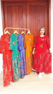 Long Dress Batik Stella Lengan 3/4