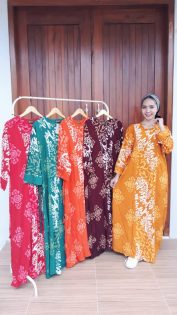Long Dress Isabela Batik Lengan Panjang