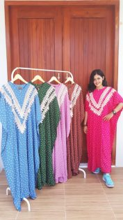 Longdress Batik Kalong Renda Lengan Pendek