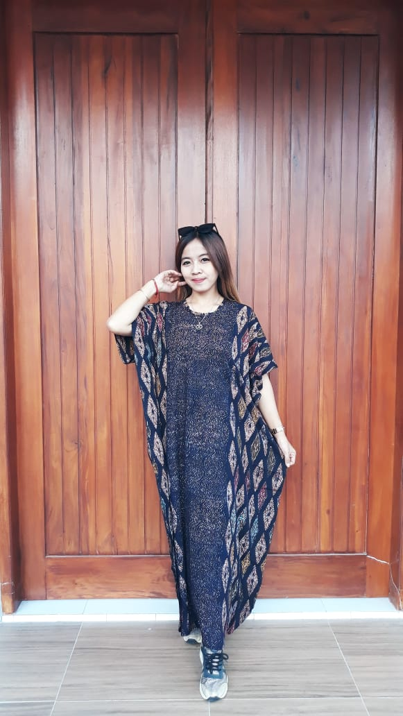 Long Dress Batik Cendana Halus Hitam