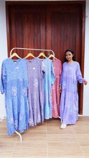 Long Dress Batik Lengan Panjang Susun