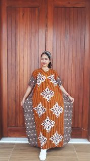 Long Dress Kelelawar Cendana Lengan Pendek