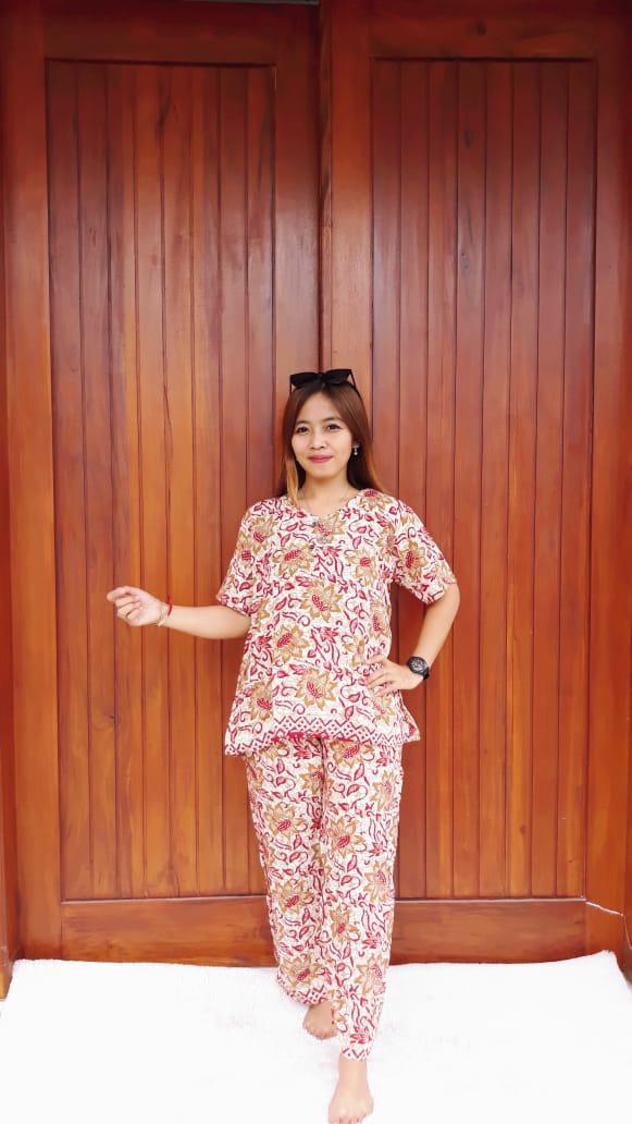 Setelan Celana Panjang Batik Lengan Pendek