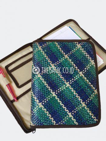 Souvenir Seminar Kit Buku Binder Anyaman Unik