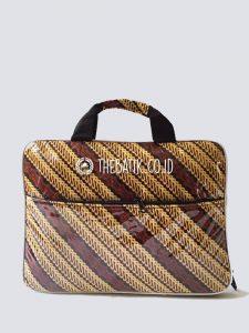 Souvenir Tas Laptop Softcase Batik Anti Air