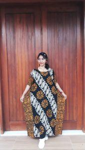 Long Dress Lowo Motif Batik Parang