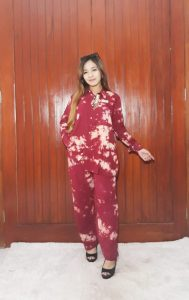 One Set Wanita Batik Jumputan Bahan Santung Super