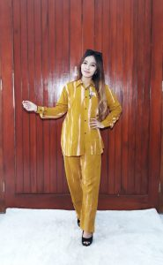 One Set Wanita Batik Tie Dye Garis Jumputan